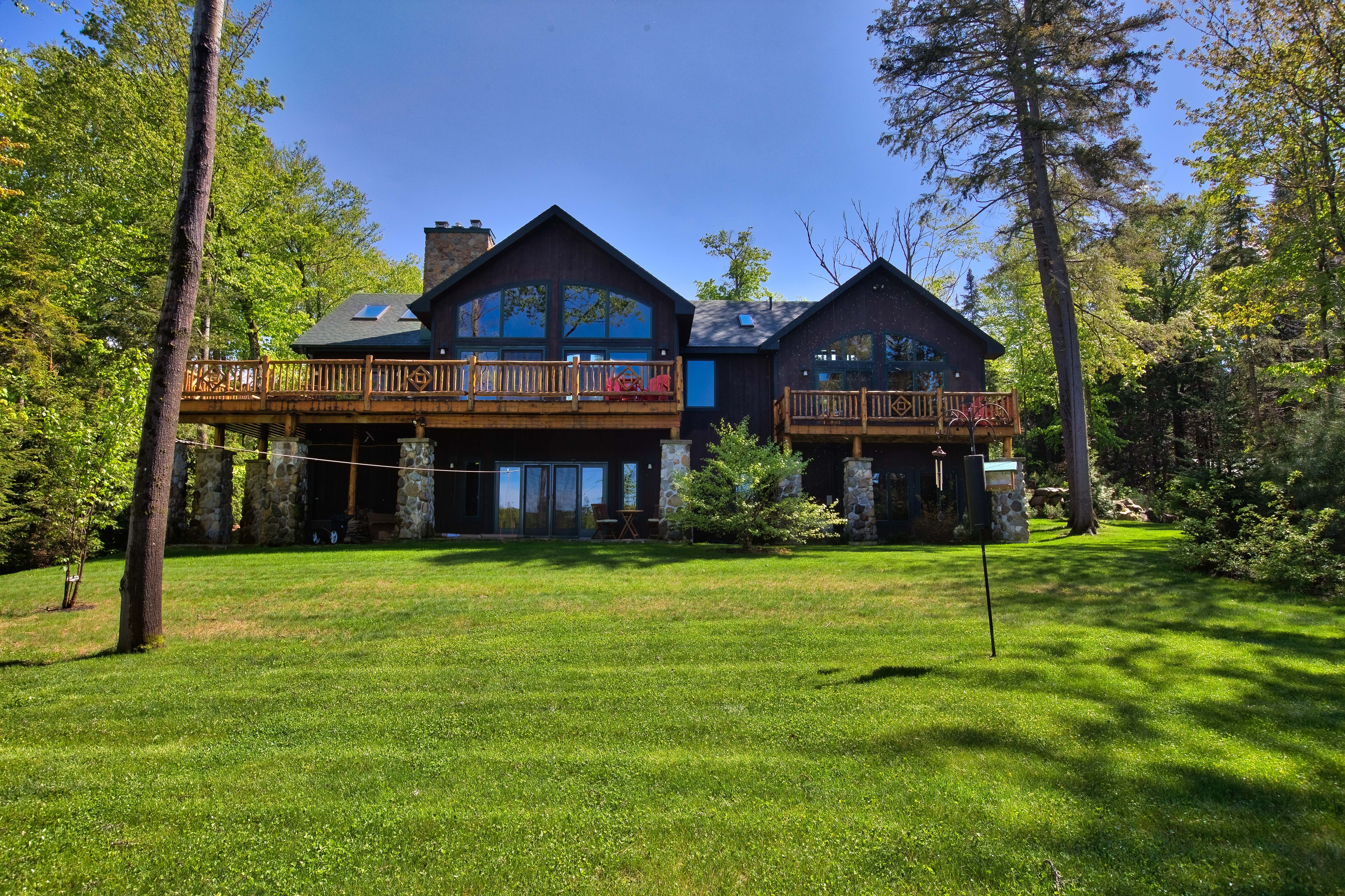 sale img lair l residential real coyote adirondacks york estate adirondack inc rentals hdr homes cabins thomas lake new cabin for merrill s placid