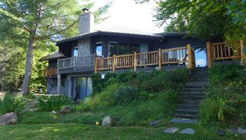 Lake Lodge exterior