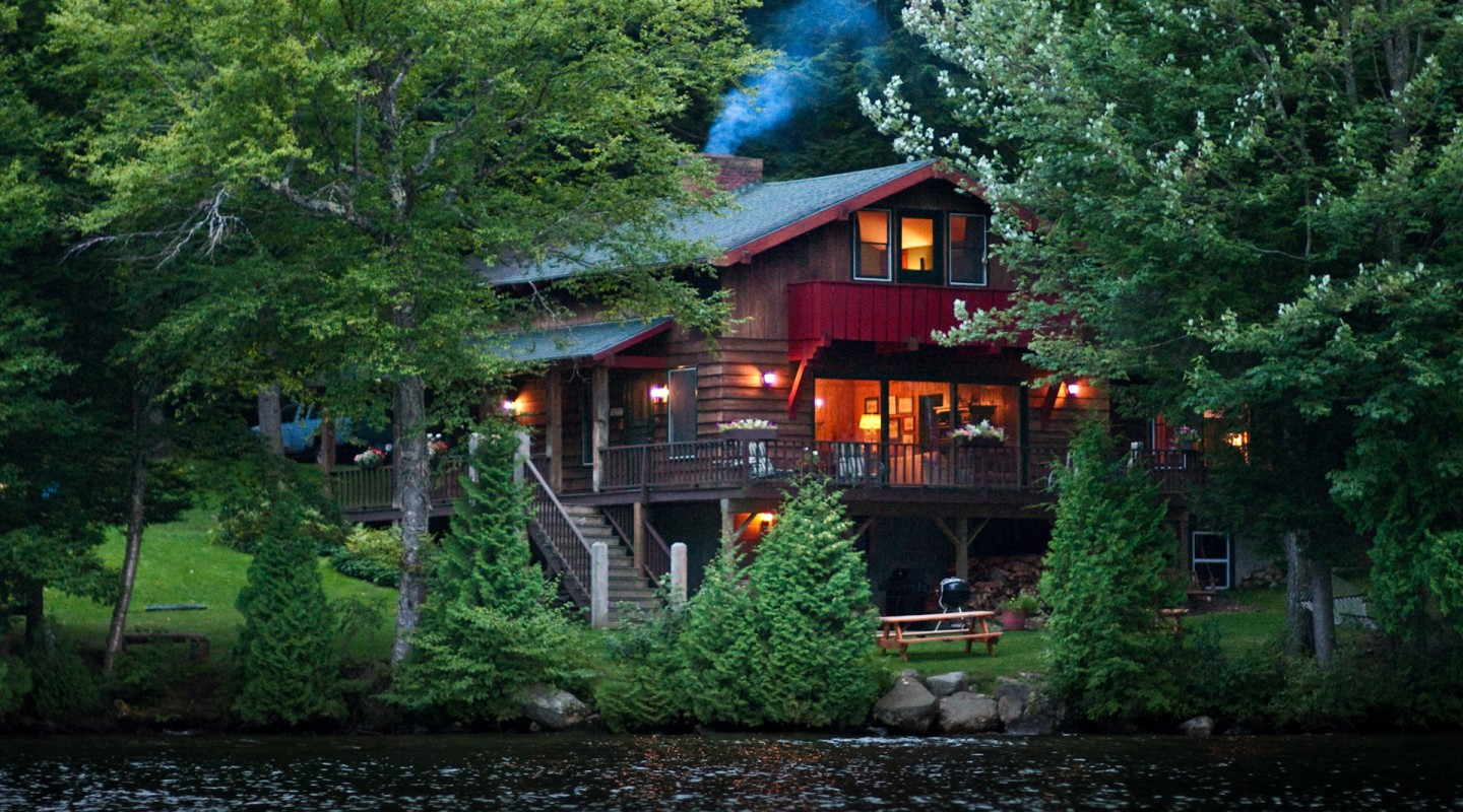 Camp Agerondak | Lake Placid Vacation Rentals