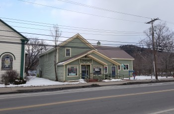 Elizabethtown Court St. Commercial offering