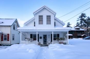 Paradox Bay Cottage