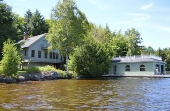 Chapel View Lodge - Saranac Lake, NY