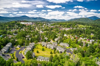 Pinehill Townhome End Unit - Lake Placid, NY