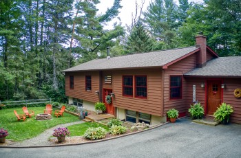 Cobble Hill Area Home - Lake Placid, NY