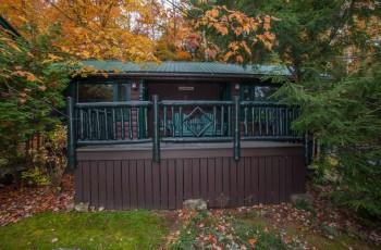 adirondack camps cabins for sale waterfront retreats more rh adirondackestates com adirondack cabins for sale adirondack cabins and cottages for sale