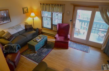 Pinehill Townhouse with Privacy & Convenience - Lake Placid, NY
